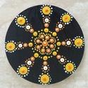 Mandala hűtőmágnes Narancs kerék, Konyhafelszerelés, Hűtőmágnes, Egyedi, kézzel festett mandala hűtőmágnes, narancssárga színvilágban. Fa lézervágott korong..., Meska