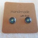 Mandala fülbevaló mini, Ékszer, Fülbevaló, Mini méretű cabochon mandala mintás nemesacél szerkezetű beszúrós fülbevaló. A fülbevaló ..., Meska