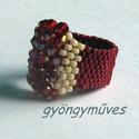 piros ribizli peyote gyűrű, Ékszer, Gyűrű, vidám, üde, csillogó!  ez a gyűrű peyote technikával készült, mélypiros cseh 4-mm-es kúpos..., Meska