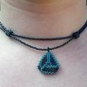 Csavart háromszög gyöngy medál gyöngy nyakláncon, Ékszer, óra, Nyaklánc, Világoskék és irizáló sötétkék  Miyuki delica gyöngyből készítettem ezt a nyakláncot, k..., Meska