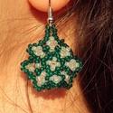 Romantikus fodros virág gyöngy fülbevaló, Ékszer, Fülbevaló, Japán és cseh kásagyöngyök felhasználásával  készítettem ezt a fülbevalót. A formája nem szabályos k..., Meska