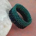 Türkiz-sötétkék gyöngy gyűrű, Ékszer, Gyűrű, Türkiz és irizáló sötétkék Miyuki delica gyöngyökből készítettem ezt az egyszerű, mégis elegáns gyűr..., Meska