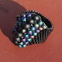 Különleges gyöngy gyűrű, Ékszer, Gyűrű, Miyuki delica és kásagyöngyből készítettem ezt az elegáns, feltűnő gyűrűt, Peyote-technik..., Meska