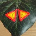 Narancs-piros háromszög fülbevaló, Ékszer, Fülbevaló, Sárga, narancsszínű és piros Miyuki delica gyöngyből készítettem peyote technikával ezt a háromszög ..., Meska