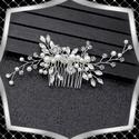 Ékszerek-hajdíszek, hajcsatok: Esküvői, menyasszonyi, alkalmi hajdísz ES-H-FÉ11e, *ES-H-FÉ11e  A hajdísz fehér színű viaszgyön...