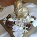Aranyló húsvét, Dekoráció, Otthon, lakberendezés, Húsvéti díszek, Asztaldísz, Az arany színű műanyag tartót virágokkal és tojásokkal töltöttem meg, a közepére egy nyus..., Meska