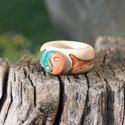 Egyensúly gyűrű, Ékszer, Gyűrű, Famegmunkálás, Yin - Yang egyensúly gyűrű:  Elöl köszörült szimbólum, oldalai bemarva, pácolva kék/narancs színekk..., Meska