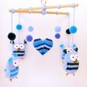 Kék baglyos horgolt babaforgó, gyerekszoba dekoráció, Postázásra kész. Színes, kedves, ágy fölé a...