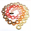 hosszú horgolt nyaklánc beige, barack és narancssárga színekben, Ékszer, óra, Nyaklánc, Beige, barna, rózsaszín, barack és narancssárga színátmenetes fonalból karikákra horgolt nyaklánc, b..., Meska