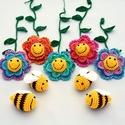 méhes babaforgó színes virágokkal - horgolt gyerekszoba dekoráció, Baba-mama-gyerek, Dekoráció, Gyerekszoba, Mobildísz, függődísz, Postázásra kész. Horgolt méhes babaforgó, gyerekszoba dekoráció, színátmenetes virágokkal (rózsaszín..., Meska