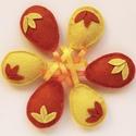 -50% Akció - Húsvéti filctojások, sárga-narancssárga színű, Dekoráció, Húsvéti díszek, Ünnepi dekoráció, Sárga-narancssárga színű, három kis levélkével díszített, teljes egészében kézzel öltögetett húsvéti..., Meska