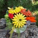 """,Aranyló Sárgák""""Kerámia Virágos Asztaldísz, Dekoráció, Otthon, lakberendezés, Kaspó, virágtartó, váza, korsó, cserép, Asztaldísz, Kerámia, Virágkötés, Aprólékos kézi munkával fehér agyagból készítettem ezeket a kis  mázas kerámia virágokat  és levele..., Meska"""
