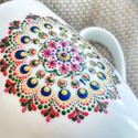 Mandala bögre, Konyhafelszerelés, Bögre, csésze, Festészet, Színes mandalás bögre mely pötty festéssel készült.  A bögre mérete normál, 2,5dl. Kerámia bögre, a..., Meska