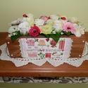 """Vidám asztali virágdísz születésnapra, Dekoráció, Dísz, Virágkötés, Ez az asztali dísz tökéletes ajándék lehet születésnapra.  A deszkából készült kis """"fiókot"""" pácolta..., Meska"""