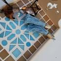 Barna kék kaleidoszkóp  mintás mozaik tálca  kávé és tea kínáló , Otthon & lakás, Lakberendezés, Konyhafelszerelés, Tálca, Asztaldísz, Nagyon kedves kínáló tálca - világos kék, világos barna mázas kerámia mozaikkal és üvegmozaikokkal d..., Meska