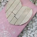 Rózsaszín fehér vintage mozaik szív  kavics kép- 3D falikép dekoráció természetes kő kép, Otthon & lakás, Dekoráció, Lakberendezés, Falikép, A kép kézműves technikával készült, természetes alapanyagokból.   Kampó és akasztó nélkül mérve az a..., Meska