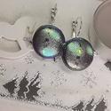 Padlizsánlila-zöld-arany hologramos kigyóbőrmintás bogárfényű erdőtündér fülbevaló, Az ár egy pár makaron fülbevalóra vonatkozik. ...