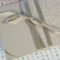 Gyöngyházfényes ezüstszürke pénzátadó boríték, Nászajándék, Gratulálunk boríték, Esküvői Gratuláció : HMB2107_55, Mérete:  21 x10.5 cm  Pénzajándékodat, vagy az...