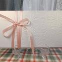 Bájos dombormintás pénzátadó boríték, Nászajándék, Gratulálunk boríték, Esküvői Gratuláció : HMB2107_64, Mérete:  21 x10.5 cm  Pénzajándékodat, vagy az...
