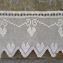 Szív csakrák-Világos ecrü,romantikus horgolt vitrázs függöny, Újabb szíves minták készültek,most egy picit ...