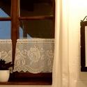 """""""Falusi idill""""-horgolt,rózsa mintás vitrázs függöny, Mérete:35cm X 55 cm Ha rendelni szeretnél érdek..."""