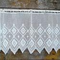 Fehér horgolt absztrakt mintás, vitrázs függöny, Mérete: 50cm magas 90 cm széles horgolt függön...