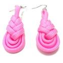 Pink - Paracord fülbevaló, Ékszer, Fülbevaló, Rózsaszín paracord zsinórból készítettem ezt a fülbevalót. Rejtett öltésekkel strapabíró..., Meska