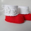Piroska, Baba-mama-gyerek, Ruha, divat, cipő, Baba-mama kellék, Cipő, papucs, Horgolás, Kötés, Egyedi tervezésű, különlegesen szép piros-fehér horgolás technikával készült babacsizma. Keresztelő..., Meska