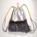 Winter street fur bag sárga fogóval, Táska, Hátizsák, Bőrművesség, Varrás, Ez a hátizsák a Winter street kollekció egyik darabja.  táska mérete: magasság: 47 cm, szélesség 38..., Meska