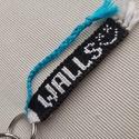 WALLS-Louis Tomlinson csomózott kulcstartó, Ékszer, Karkötő, Fonott karkötő, Csomózás, WALLS - Louis Tomlinson kulcstartó Méretei: 7cm hosszú és 1.5cm széles, Meska