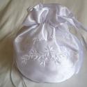 Hímzett elegáns menyasszonyi szütyő, új, nagy, Mindenmás, Fényes szatén selyem anyagból készült klasszikus, buggyos menyasszonyi kis táska az apróságo..., Meska