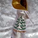 Hímzett alkalmi italtasak, ajándéktasak, Esküvő, Hófehér és arany szatén selyemből készült, gépi hímzéssel díszített italtasak, ajándék tasak.  Szívb..., Meska
