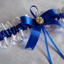 Tündöklés combcsipke, legényfogó, Esküvő, A legényfogó fehér és királykék szatén szalagból készült, elegáns szatén masnival. Gyöngyös, strassz..., Meska