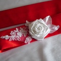 Alkalmi szatén öv virág és csipke dísszel, Esküvő, Szatén öv alkalmi ruhához szatén virág és csipke díszítéssel, amely kötéssel rögzíthető így, minden ..., Meska