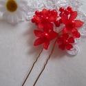 Sok virágos hajtű - piros, Esküvő, Ékszer, Elegáns sok-sok piros virágból álló hajtű, melyek minden frizurát kiemelnek. A virágszirmok üveg hat..., Meska