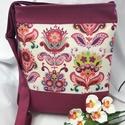 Romantikus táska-oldaltáska, Bútor, Baba-mama-gyerek, Táska, Válltáska, oldaltáska, Varrás, Csodás virágos vászonnal  diszitetem ezt a táskát.Erős,strapabíró,jó tartásu,amit a belevarrt speci..., Meska