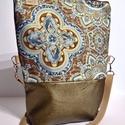 Mozaik mintás bronz oldaltáska , Táska, Válltáska, oldaltáska, Varrás, Mozaik mintás cipzáros oldaltáska. A táska bevasalható merevítővel van megerősítve. Pántja állíthat..., Meska