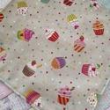 Muffin mintás újraszalvéta/textil szalvéta, Mosható szalvéta uzsonna csomagolásához.  A sz...