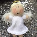 Kötött angyalka, Dekoráció, Játék, Dísz, Játékfigura, Kötés, Édes kis kötött angyalka, nem csak karácsonyra kiváló ajándék.   Mérete: 15 cm Súlya: 42 g Anyaga: ..., Meska