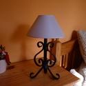 Kovácsolt vas Asztali lámpa, Otthon, lakberendezés, Lámpa, Asztali lámpa, Ez a lámpa akkor született, amikor egyik reggel levertem az éjjeli szekrényünkről a lámpánka..., Meska
