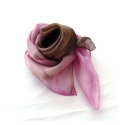 Antik rózsakert hernyóselyem kendő, Ruha, divat, cipő, Női ruha, Antik rózsa kert színei ihlették ezt a nyakba való kis Pongée 0.5 fényes felületű hernyósel..., Meska