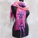 Pink virágos nuno nemez sál színátmenetes, Esküvő, Ruha, divat, cipő, Kendő, sál, sapka, kesztyű, Sál, Pink, barack és lila árnyalatok kombinációja selyem sálon merino gyapjúval bohém változatban. Romant..., Meska