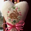 Happy Easter. Tavaszváró dísz., Dekoráció, Baba-mama-gyerek, Otthon, lakberendezés, Gyerekszoba, Kedves tavasz/Húsvétváró babaszoba/lakás/iroda/osztályterem-dekoráció lehet.  Keresztszemes hímzés d..., Meska