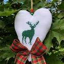 RAINDEER. Felakasztható karácsonyi dekorácó., Édesanyám munkája a keresztszemes hímzéssel k...