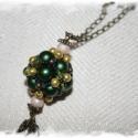Olajzöld-vanilia bogyó láncon, Saját tervezésű, bogyó, nagyon szép ritka ola...
