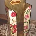 Virágos zsebkendőtartó, Otthon, lakberendezés, Dekoráció, Konyhafelszerelés, Tárolóeszköz, 100 db papírzsebkendő tárolására alkalmas fa tároló, romantikus virágokkal díszítve. Dekupázstechnik..., Meska