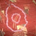 Rózsakvarc nyaklánc és karkötő, Ékszer, Karkötő, Nyaklánc, Gyöngyfűzés, Rózsakvarc splitterből készítettem ezt a nyakláncot, mely 44 cm, + a hosszabbító. A karkötőt rugalm..., Meska