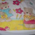 Gyermek takaró és párna, Baba-mama-gyerek, Gyerekszoba, Falvédő, takaró, Ebből a szép anyagból kicsi babáknak készítettem takarót és párnát.  Egyik oldala pamut, másik oldal..., Meska