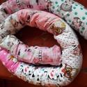Kígyó rácsvédő, Baba-mama-gyerek, Gyerekszoba, .Kígyó rácsvédő kiságyba. Belsejében 3 rétegű vlies van, mint a képen is látható. Kiságyba fejvédőne..., Meska