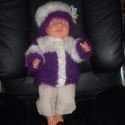 Baby Born babához ruha 16 lila, Játék, Baba, babaház, Varrás, Kötés, Ruha Baby Born vagy más 43 cm-es babára. 3 db-os garnitúra: kötött kabát, sapka, nadrág. A baba csa..., Meska